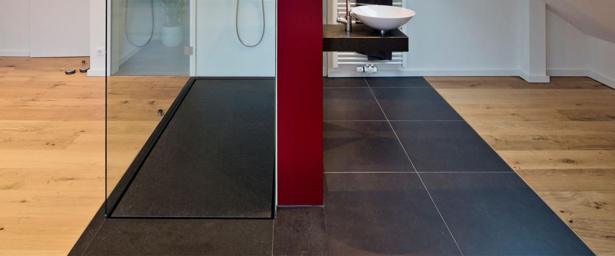 bodengleiche duschen 10 top duschideen baqua. Black Bedroom Furniture Sets. Home Design Ideas