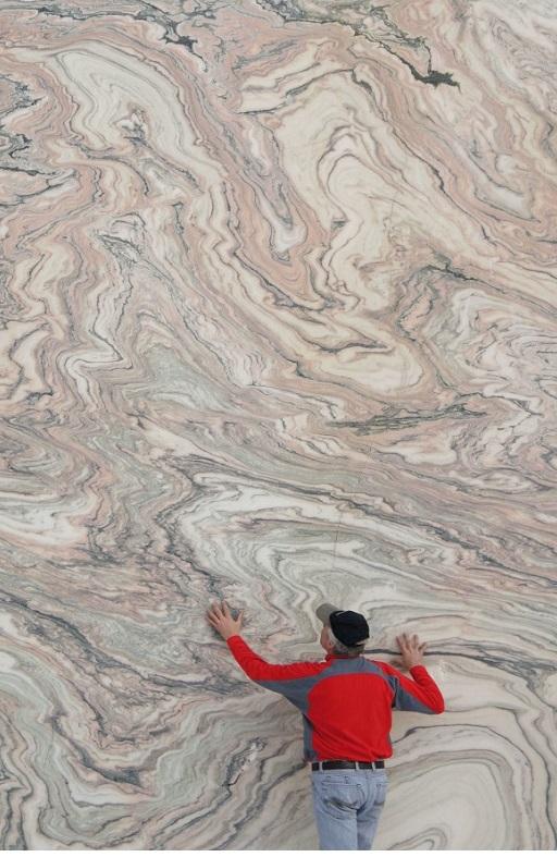 soelker-marmor-abbau-bruchwand