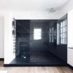 Design Dusche aus Naturstein