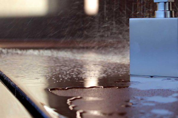 begehbare-dusche-material