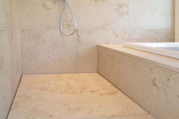 naturstein-dusche-beige14